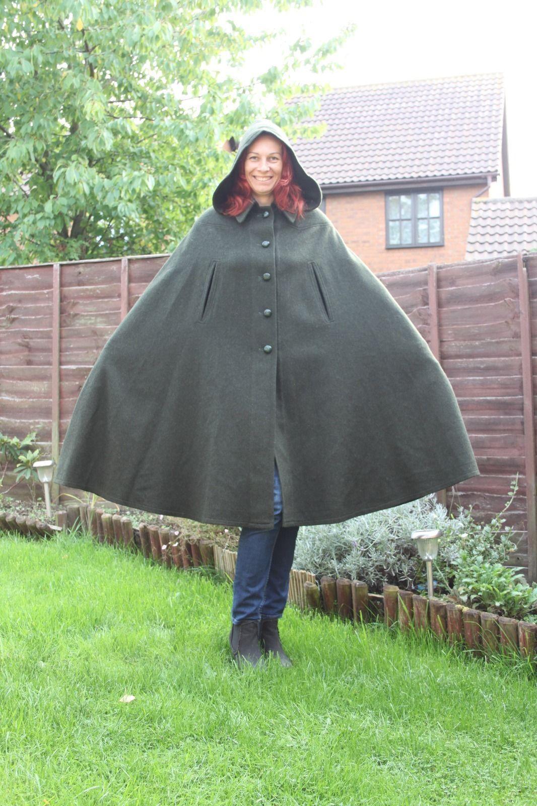 oberrauch zitt vintage italian women 39 s wool loden cape hooded green cloak. Black Bedroom Furniture Sets. Home Design Ideas