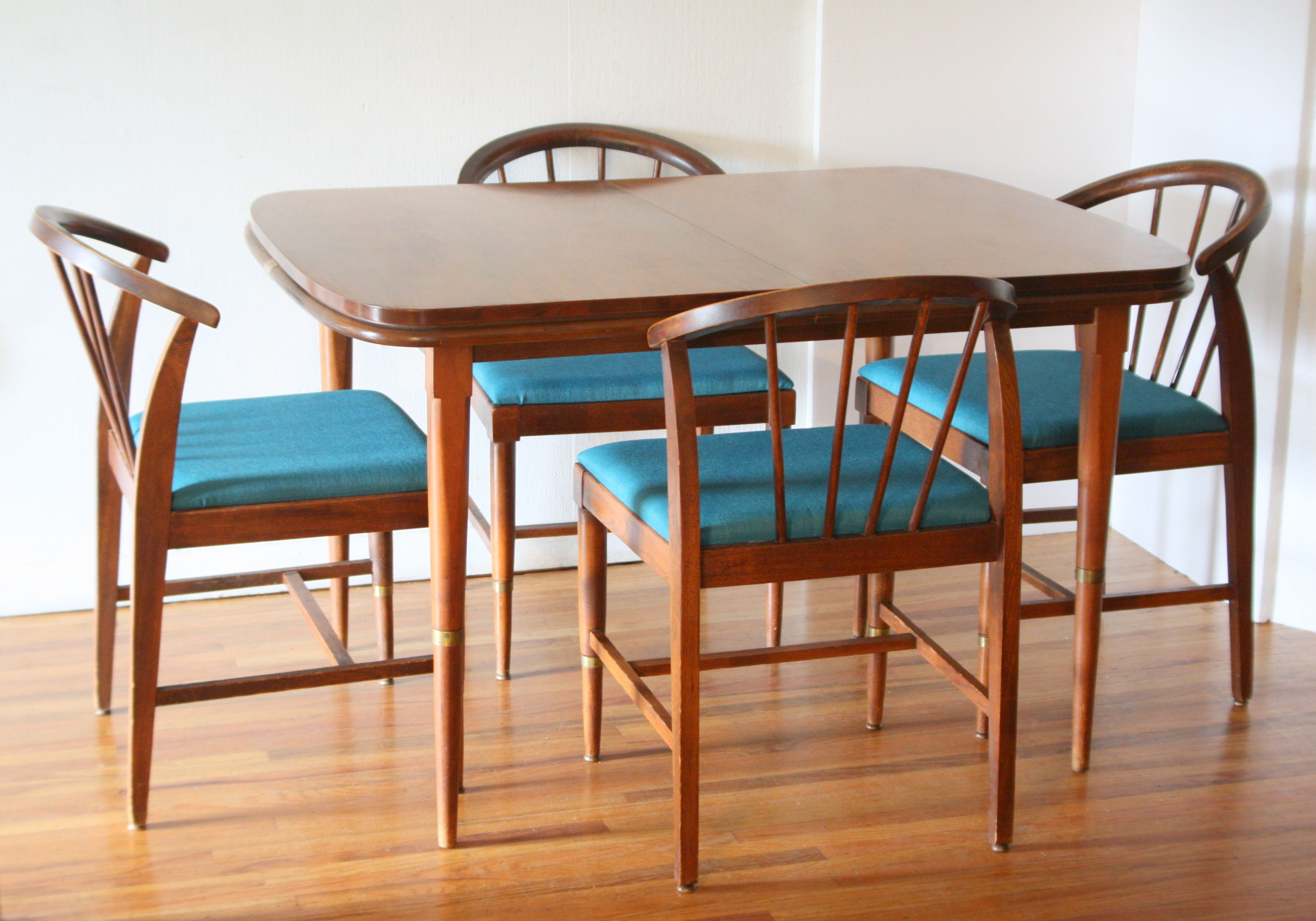 Mid Century Modern Dining Table And Chairs With Brass Accented