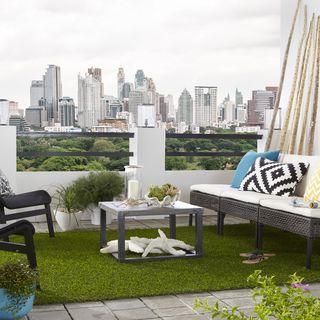 Indoor/Outdoor Artificial Turf Grass Rug (5u0027 X 12u0027) | Overstock