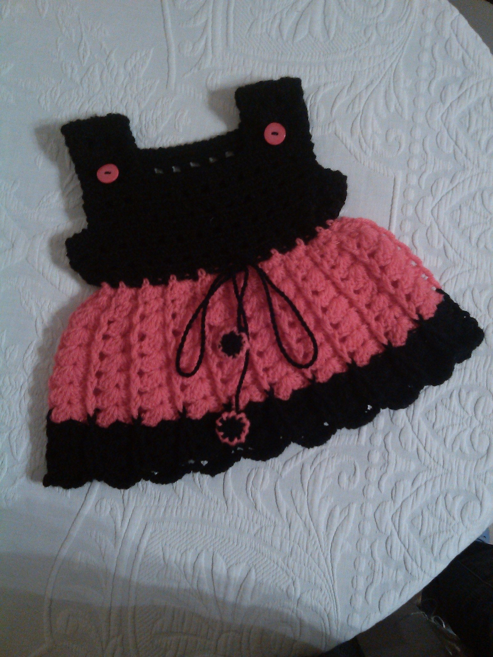 75070b44936c Šaty černo - růžové miki 50113 Dětské háčkované šatičky č 150113 Šíře zad -  pod průramky