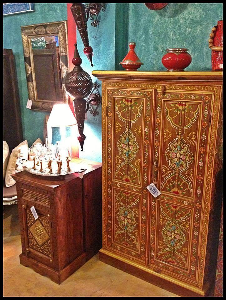 Mueble hecho y pintado a mano de la india los interiores de las puertas tambi n van pintados - Muebles de la india ...