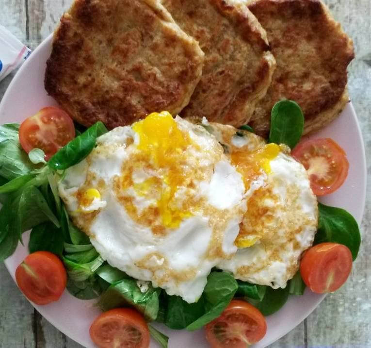 Túrós tonhal fasírt - Food, Breakfast, Eggs