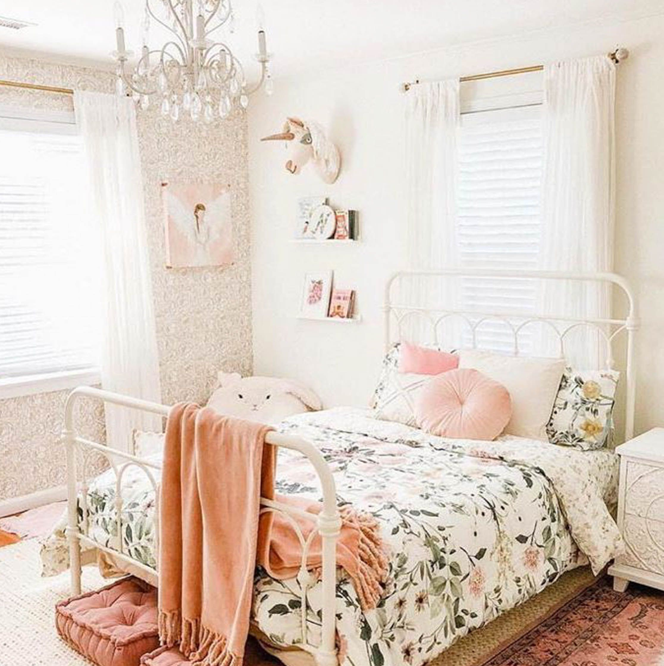 Here's What's Trending in the Nursery this Week - Project Nursery #girlsbedroom