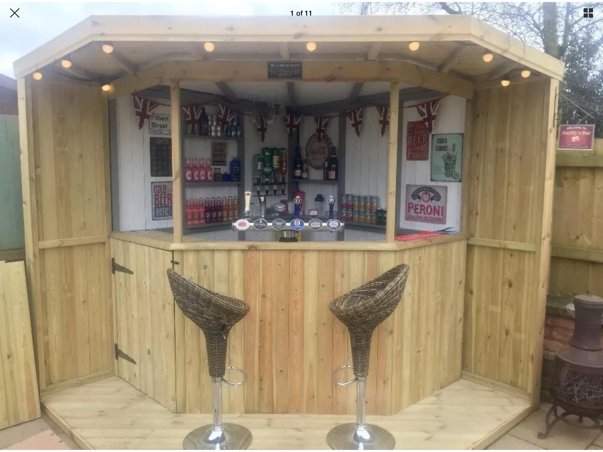 Corner Tiki Bar With Images Garden Bar Tikki Bar Corner Bar