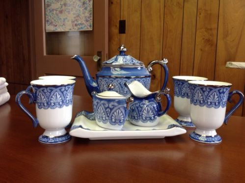 Bombay Teapot Sugar Bowl And Creamer China Blue And White With