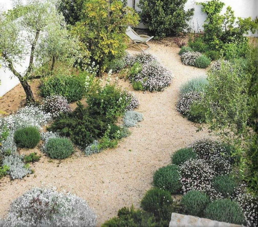 Amazing Mediterranean Garden Design Ideas 13