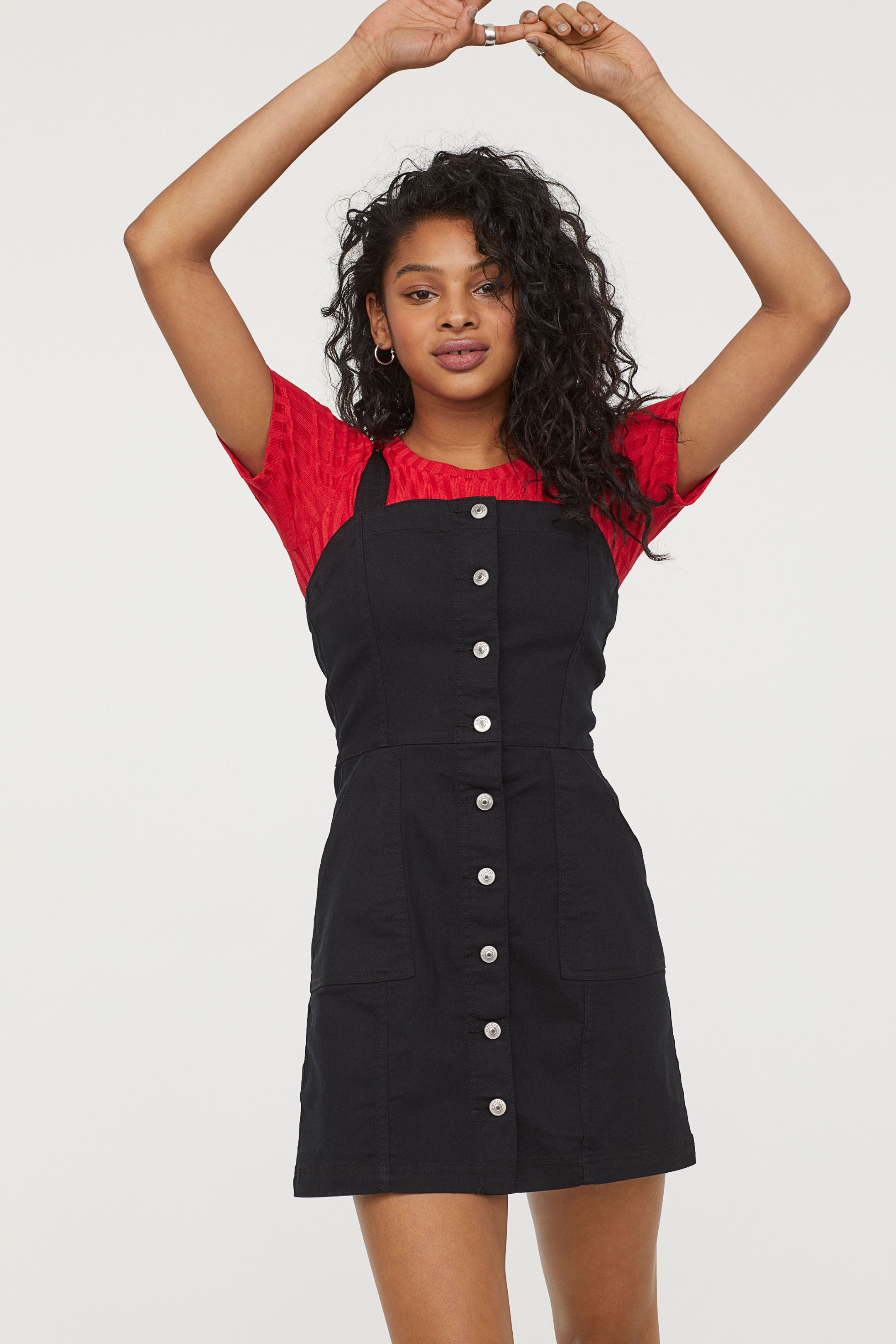 Sukienka na szelkach Czarny ONA | H&M PL