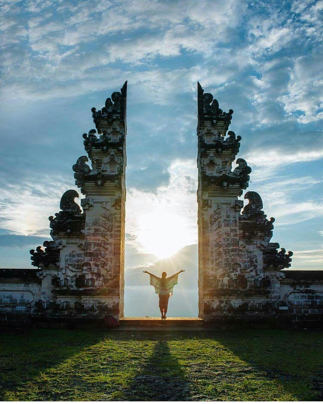 Lempuyang temple - 1000 stairs temple Bali