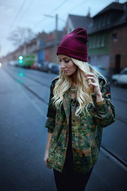 Military jacket, purple beanie. | Stylish outfits, Fashion ...