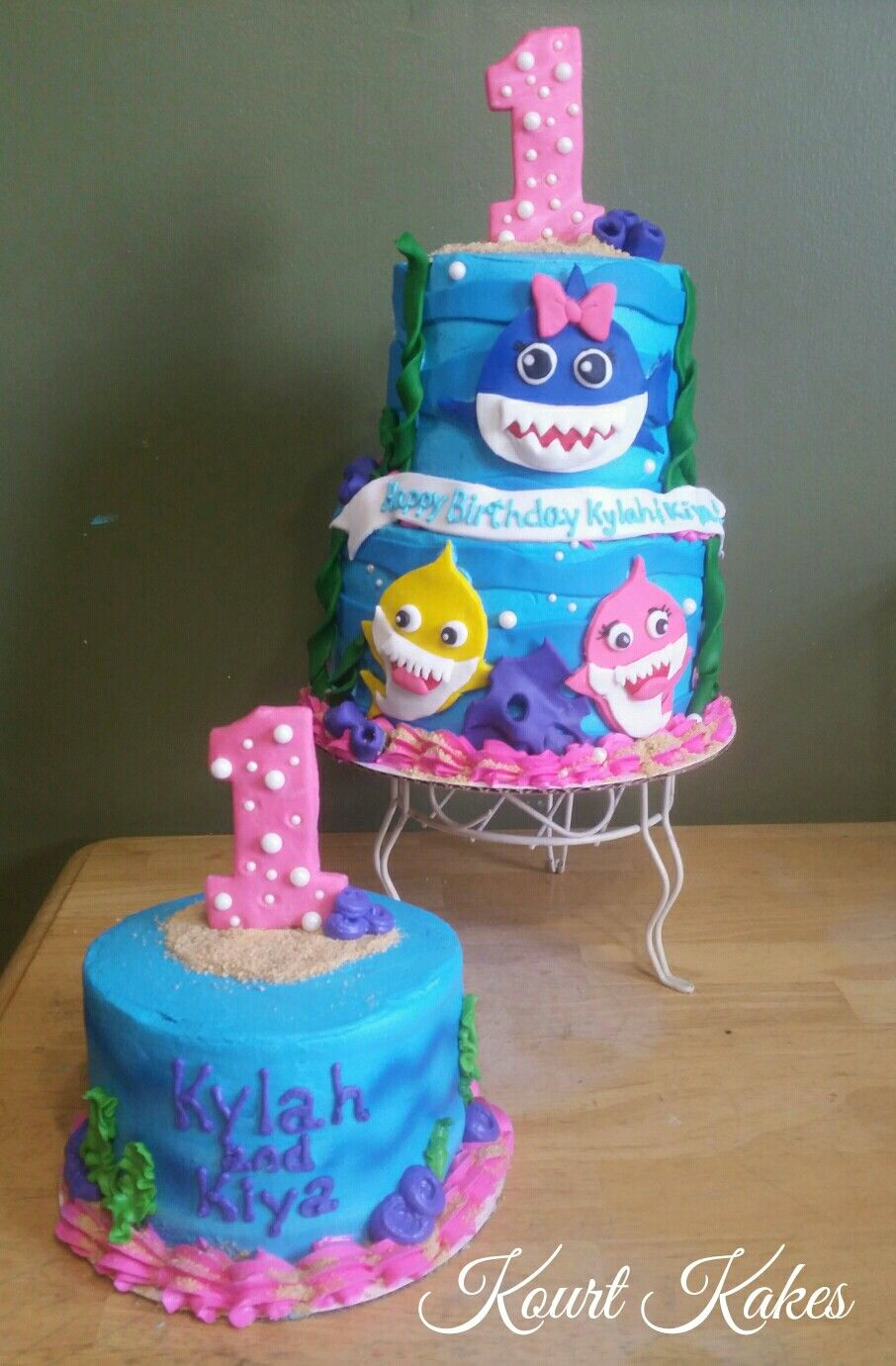 Baby shark cake and smash cake cake shark cake how to