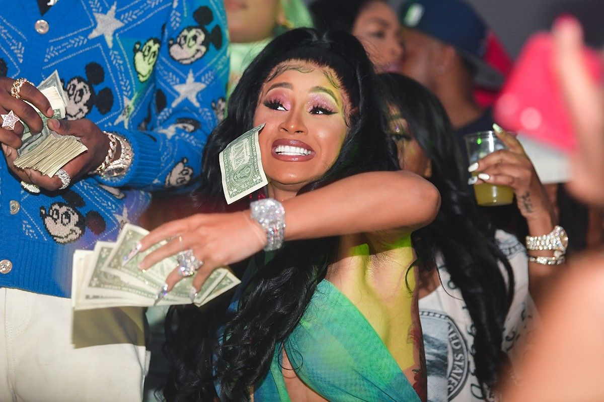 Cardi B Megan Thee Stallion Lil Nas X Are Sending Cash To Fans In 2020 Cardi B Cardi Miami Fashion Week