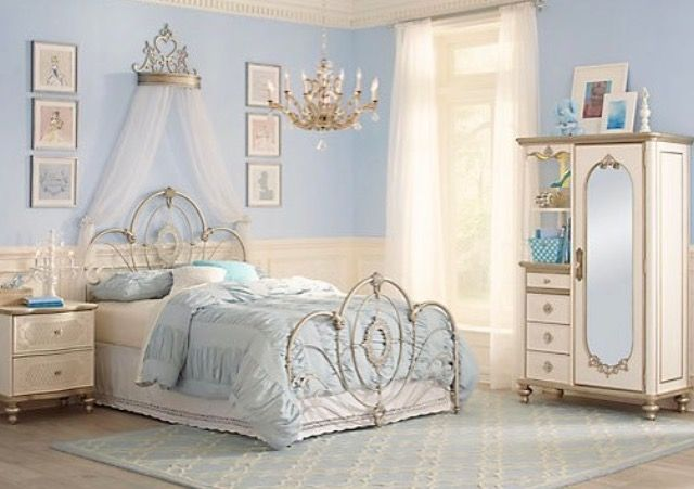 Cinderella Inspired Bedroom | Disney\'s Cinderella | Pinterest