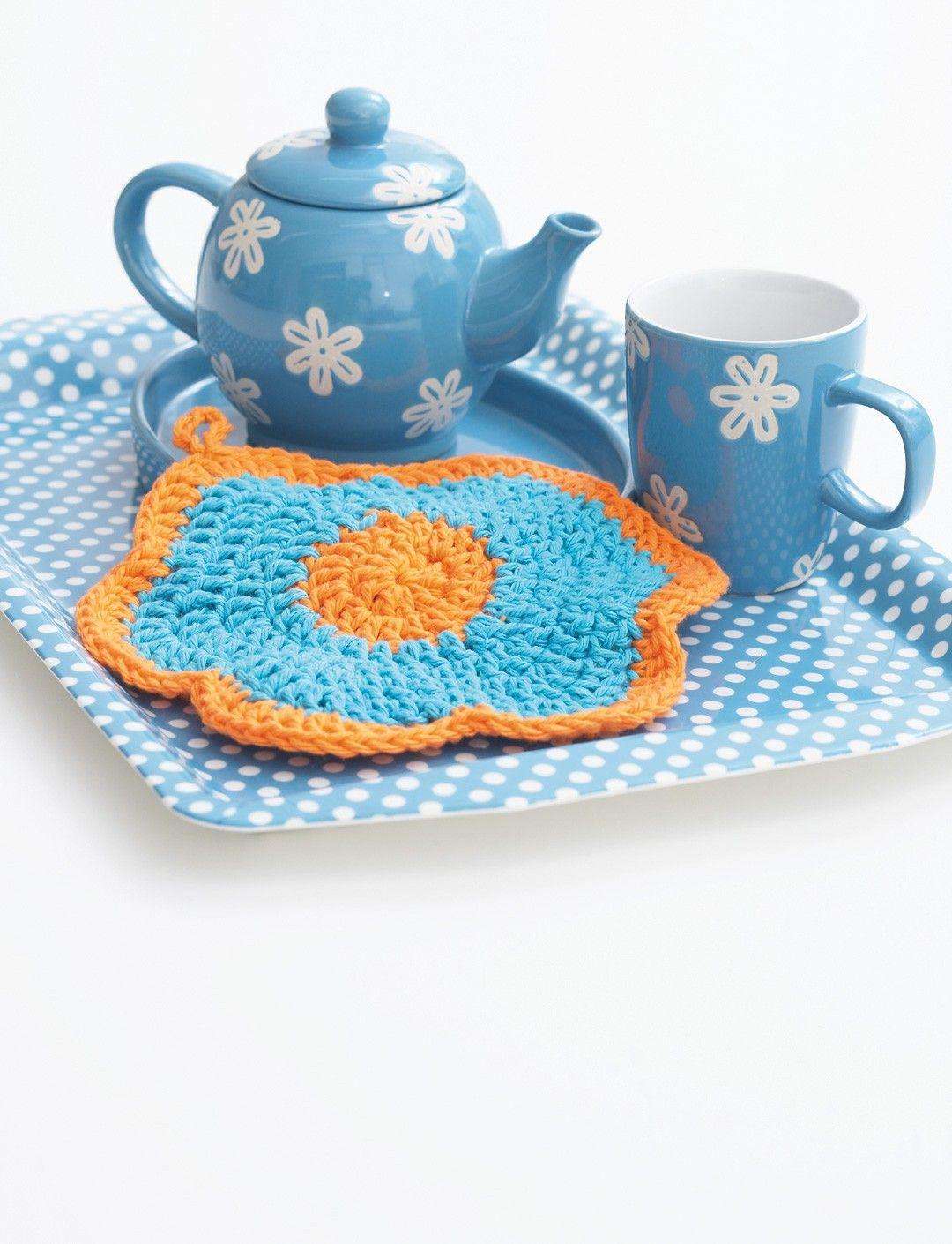 Yarnspirations.com - Bernat Primrose Dishcloth - Patterns ...