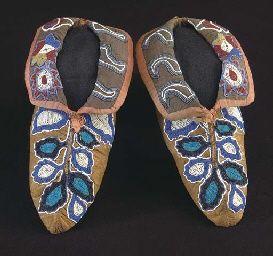 cherokee beadwork | Cherokee Regalia and beadwork