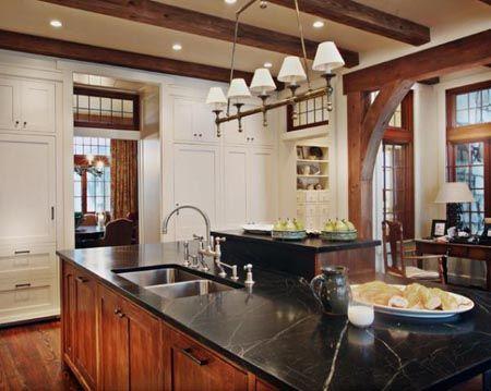 Preciosas Cocinas Rusticas Con Vigas De Madera En El Techo Techos Con Vigas De Madera Decoracion De Cocinas Rusticas Casas Rusticas De Madera