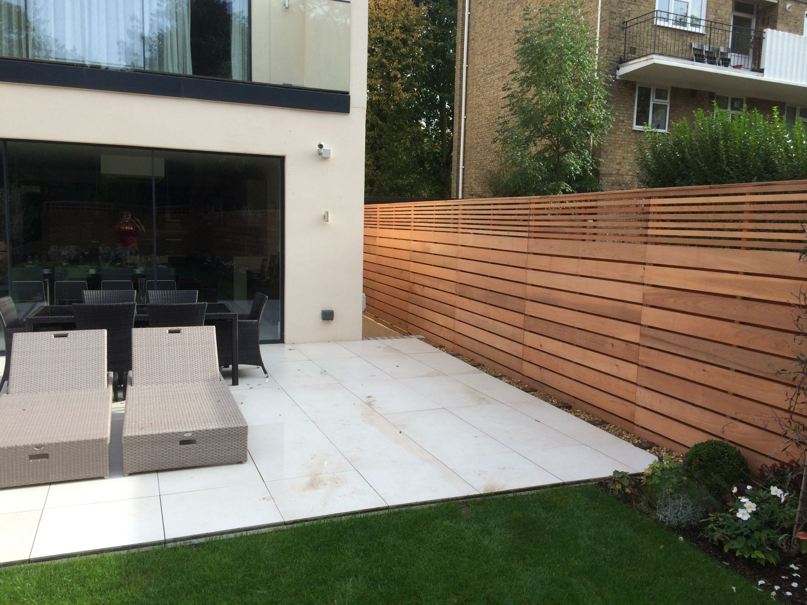 Contemporary Fencing Ltd  Garden fence panels, Modern garden, Diy