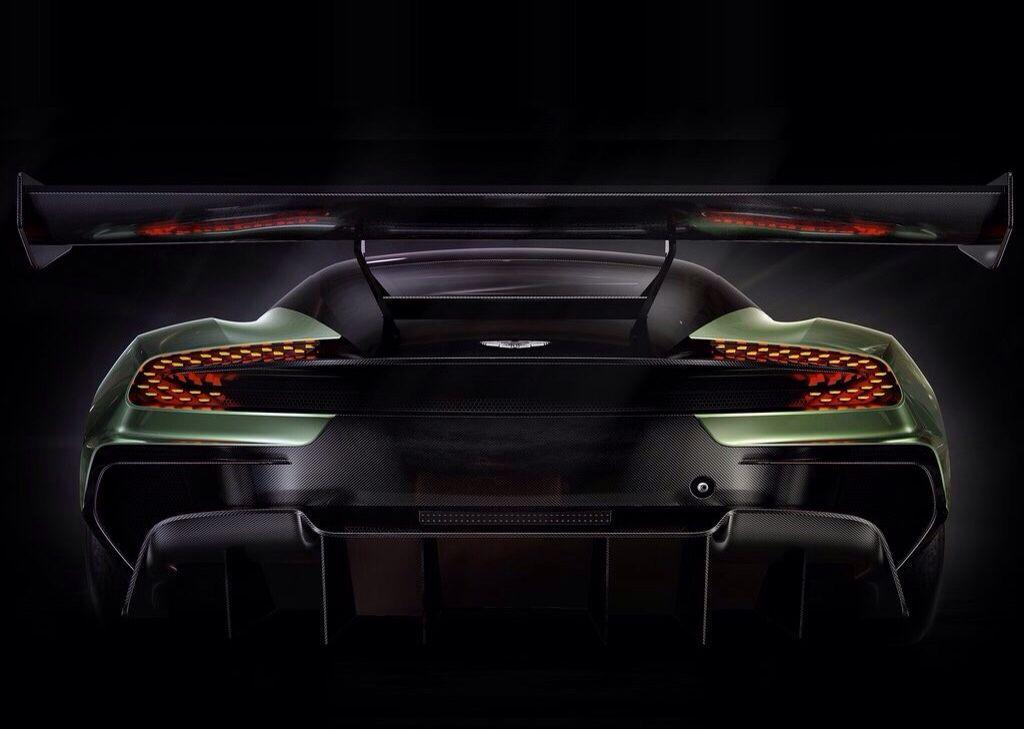 2016 Vulcan | Aston Martin