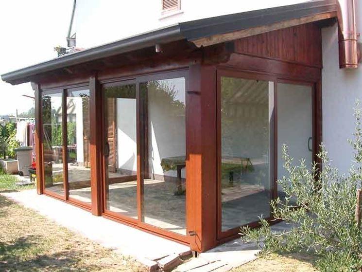 Veranda in legno Veranda, Arredamento veranda cortile