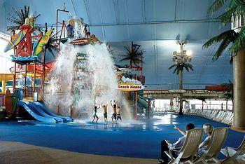 Skyline Hotel Waterpark Niagara Hotel Skyline Niagara Falls Hotels Water Park