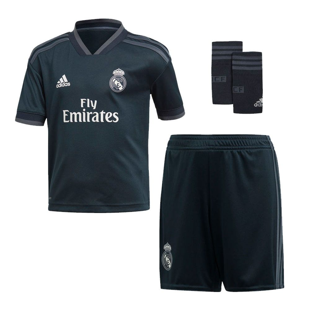 finest selection d12b4 30705 Pin on Real Madrid T Shirt Football