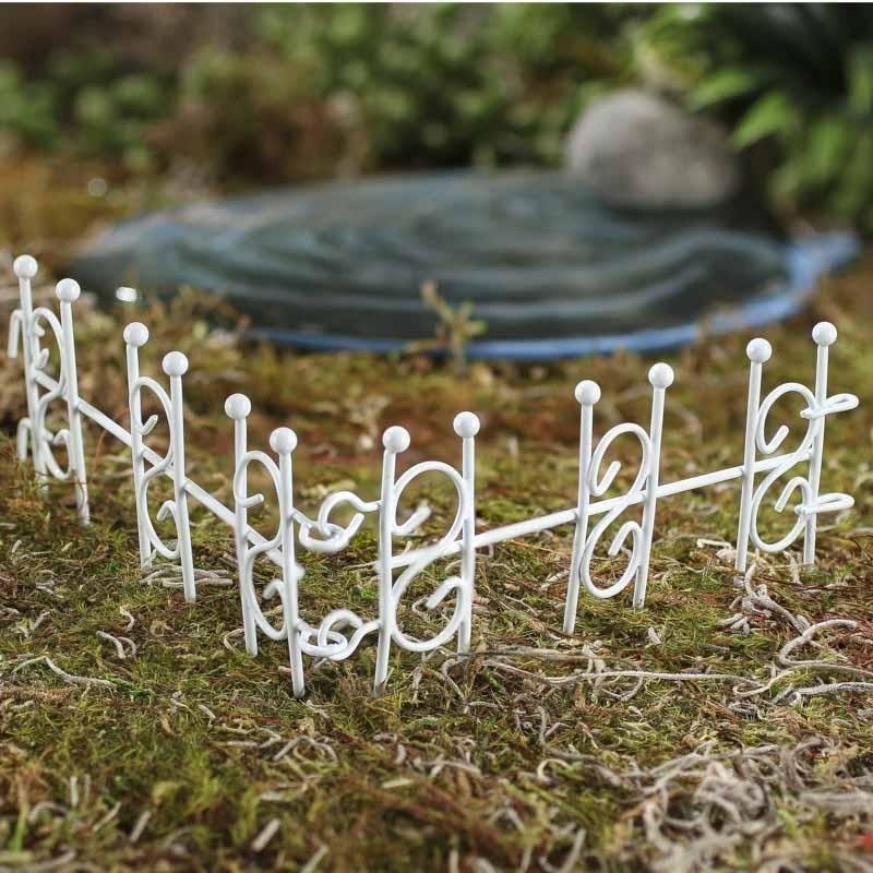 Miniature White Wire Fence