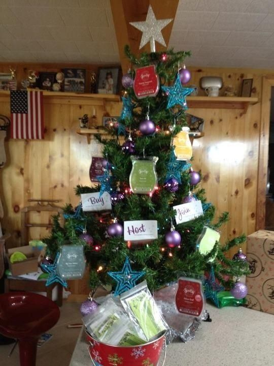 Great Christmas Display!   donnawoffordscentsy/Scentsy