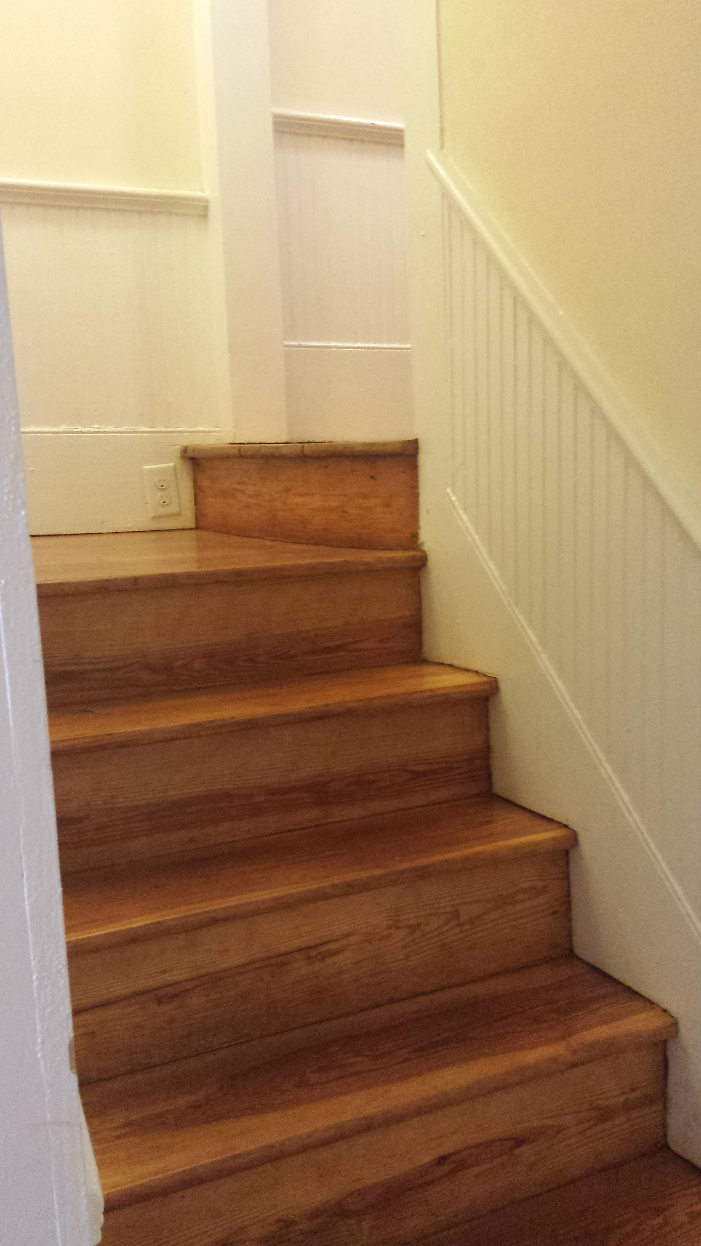 Best Servant Stairs Meet The Main Staircase In This 1905 Home 400 x 300