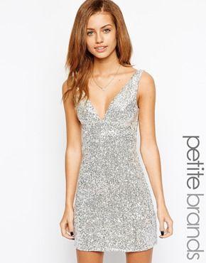 True Decadence Petite Metallic Deep V Shift Dress  393096f1f