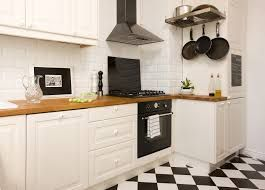 Znalezione Obrazy Dla Zapytania Kuchnie Biale I Zloty Dab Kitchen Home Decor Home