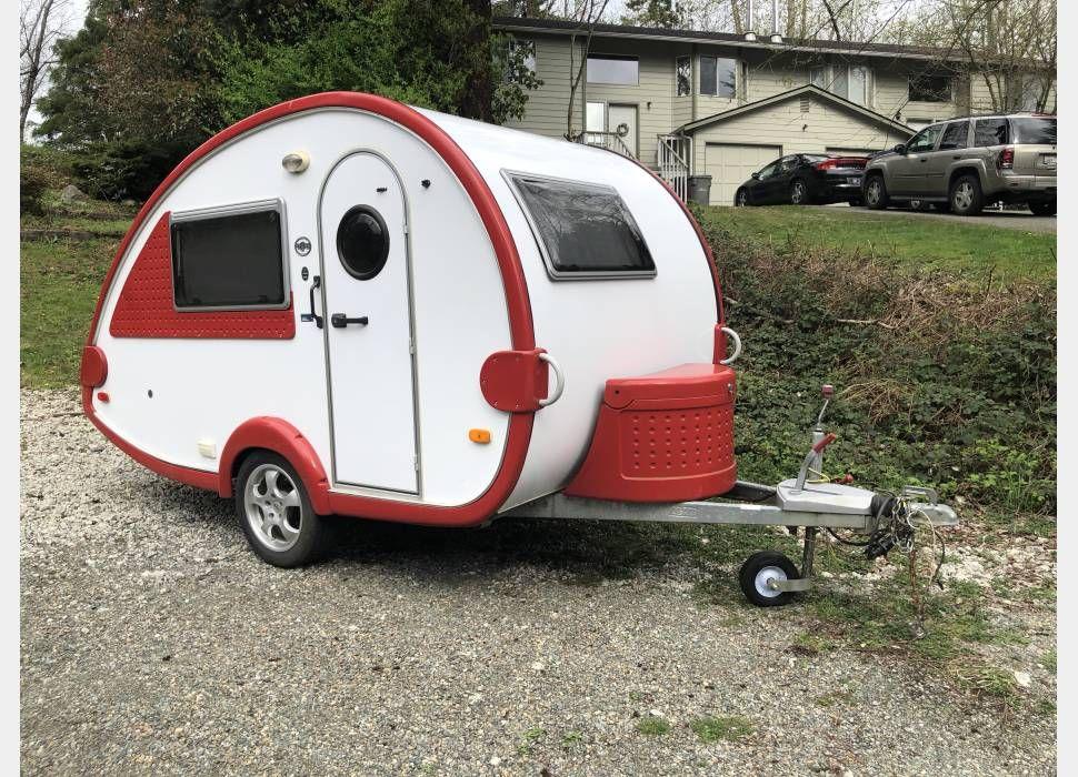 Top Rated Travel Trailer Rental Starting at $119/night in Alderwood Manor,  WA. Sleeps 2 People, View 24 picture…   Rv rental, Travel trailer rental,  Hitch bike rack
