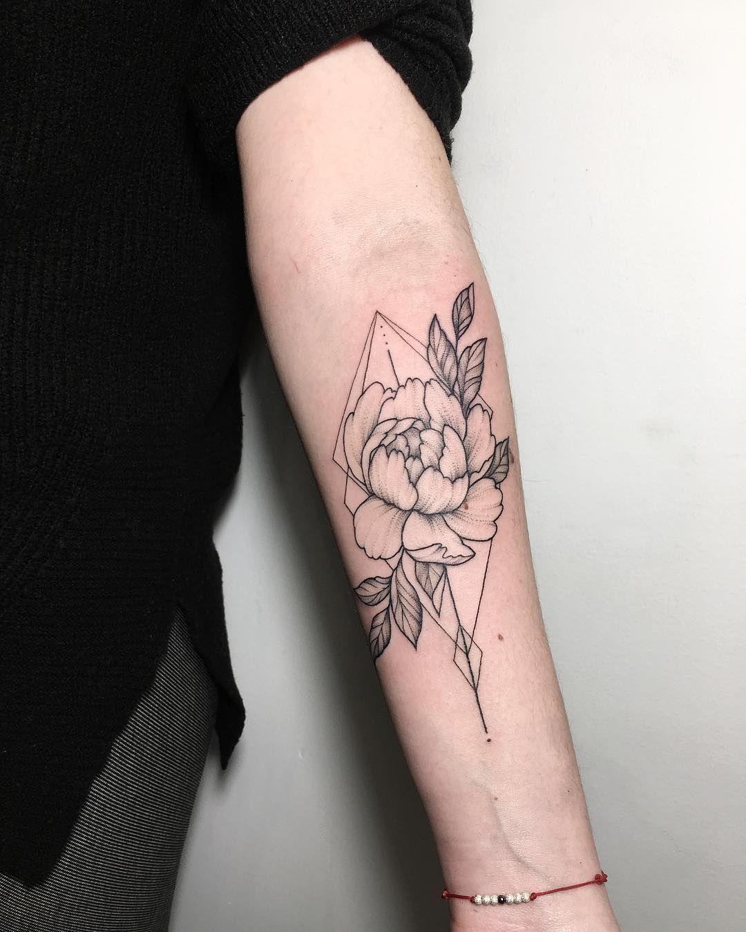 Floral And Geometric Tattoo By Ira Shmarinova Geometric Flower Tattoo Geometric Tattoo Tattoo Arm Designs