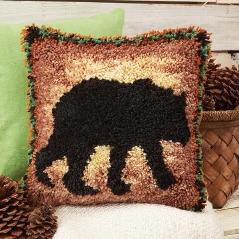 Craftways Cabin Fever Bear Pillow Latch Hook Kit