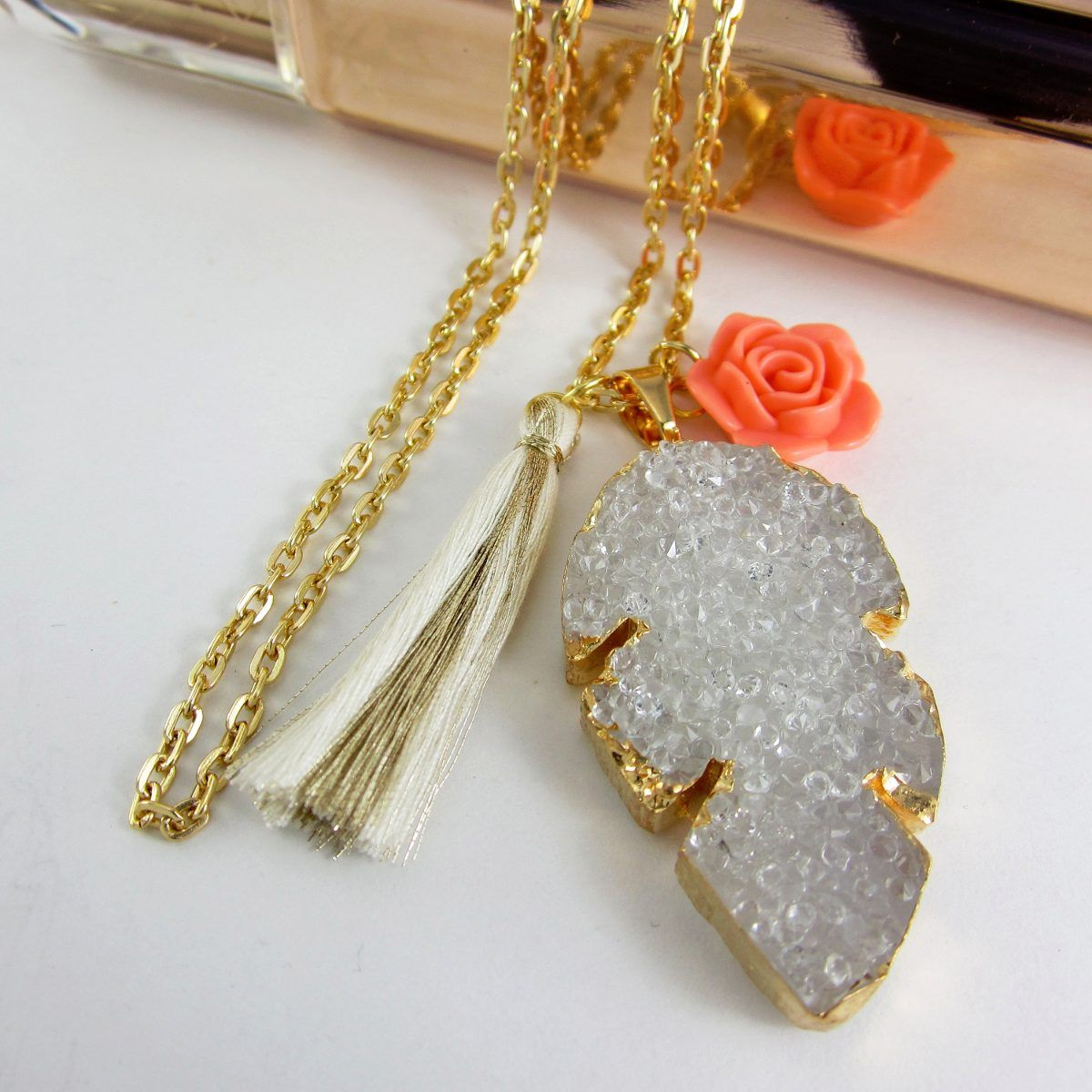Collares mujer collar cadena ba o oro drusa piedras for Accesorios bano piedra