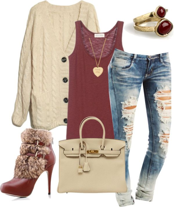 Red and beige.. Can any other color combo be so gorgeous? Perfect for shopping times.