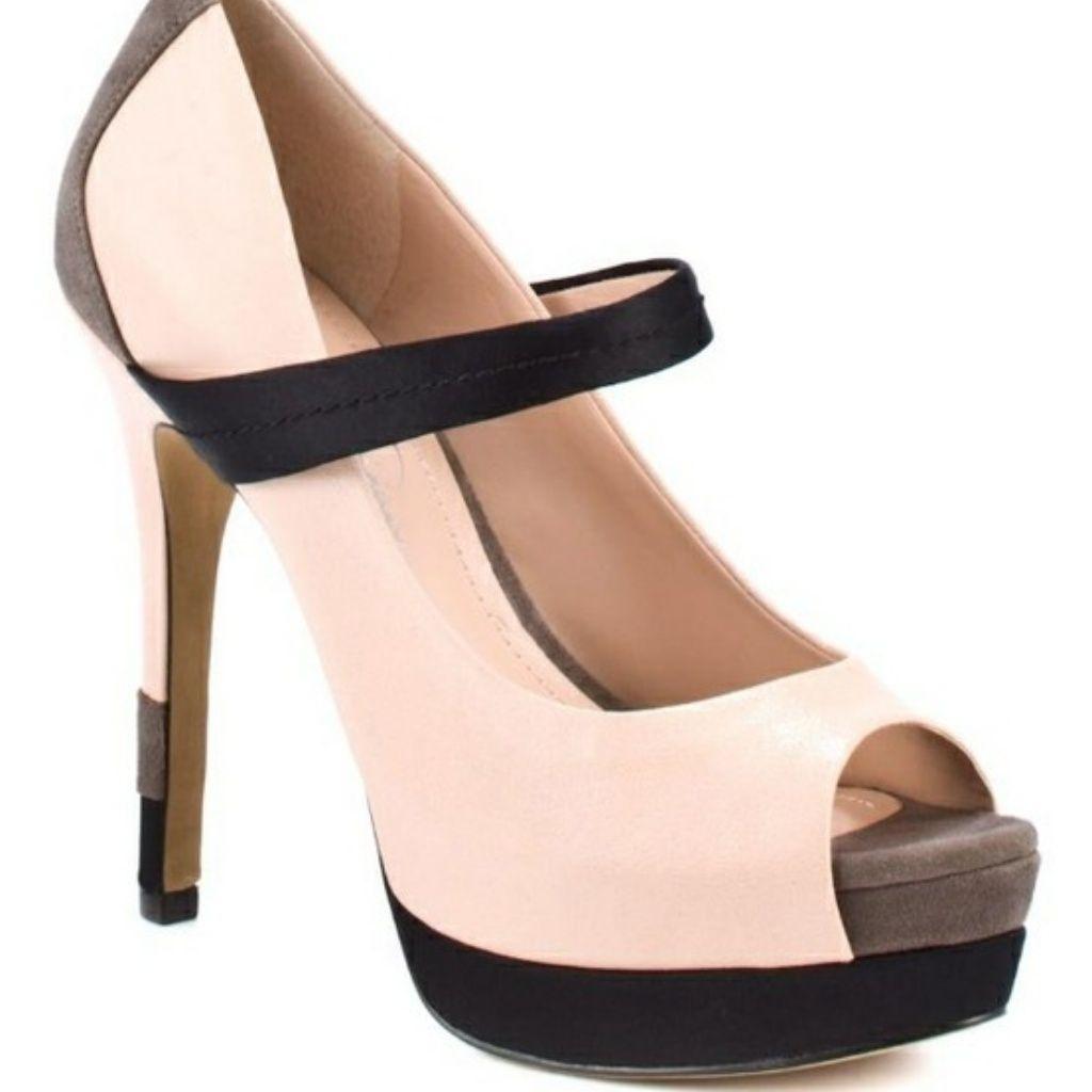 e038bf45fcf Jessica Simpson Shoes