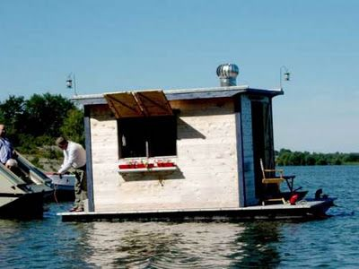 Twelve Terrific And Tiny Houseboats And Shantyboats A