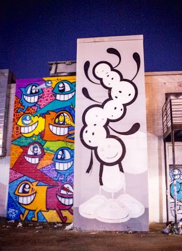 by Pez, left, and the London Police in Houston, TX, 10/15 (LP)