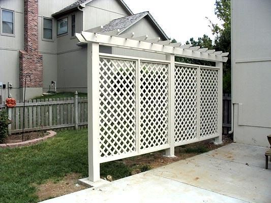Pergola Style Privacy Wall For The Backyard Outdoor