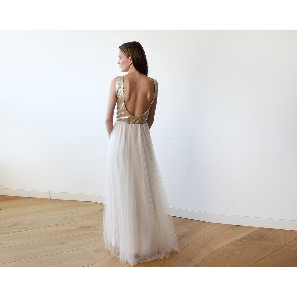 Sleeveless Gold Sequins Maxi Tulle Dress with Open-Back 1099