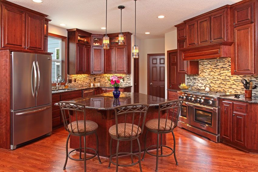 Dark Red Cherry Kitchen Cabinets Mahogany Kitchen Decorating