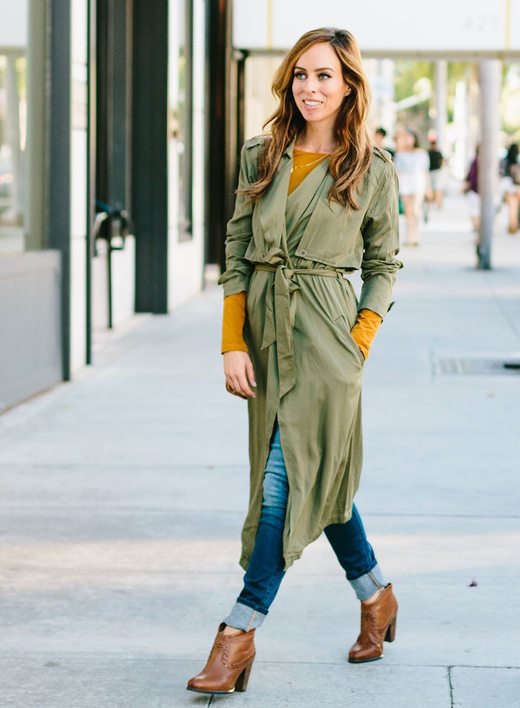 fdd5207a9b2ef ... duster coat for fall. How To Wear Long Coats if You re Short