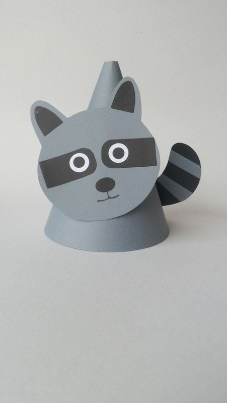 Raccoon Themed Party Hats | Mapache, Gorros y Papel
