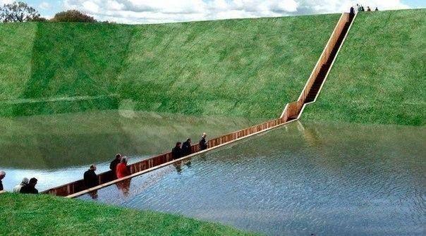 """""""Affonda"""" è proprio il caso di dirlo, ad Halsteren, nel Comune di Bergen op Zoom nei Paesi Bassi, il Sunken Pedestrian Bridge, ribattezzato il Ponte di Mosè.Realizzato dagli architetti Ro Koster e Ad Kil."""