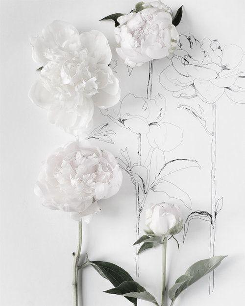 White flowers MATCHESFASHION.COM #MATCHESFASHION