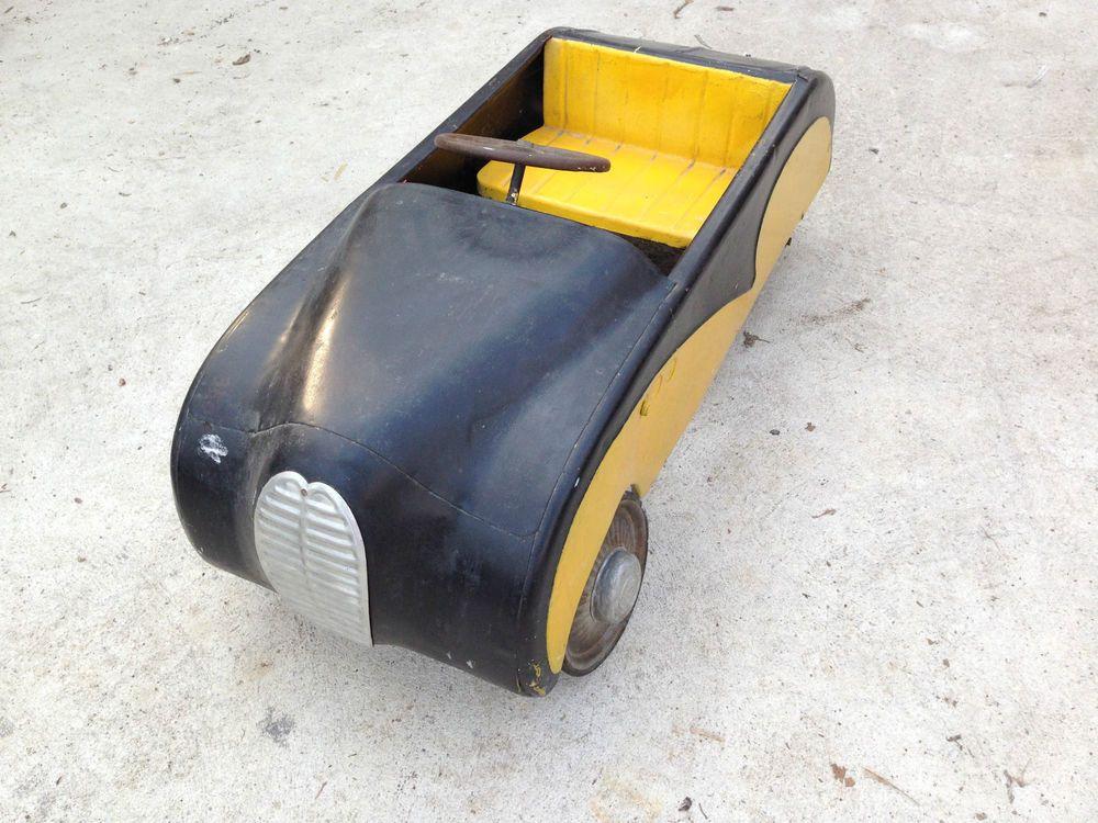 voiture a pedale pedal cars voiture voiture jouet. Black Bedroom Furniture Sets. Home Design Ideas