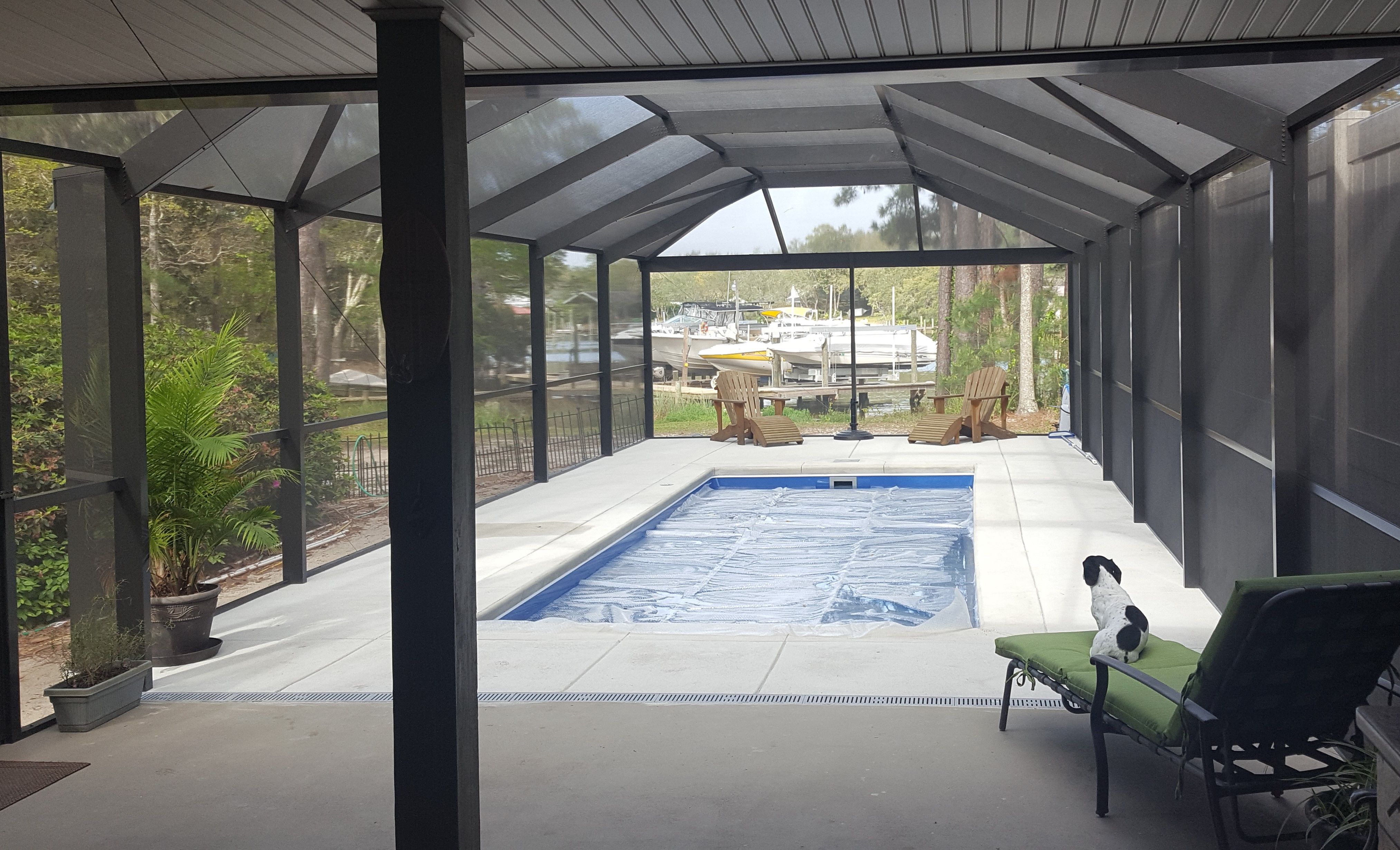 Florida Is Already Celebrating Summer With Temperatures In The Upper 70s And 80s Which Means That It S Fiberglass Swimming Pools Leisure Pools Swimming Pools