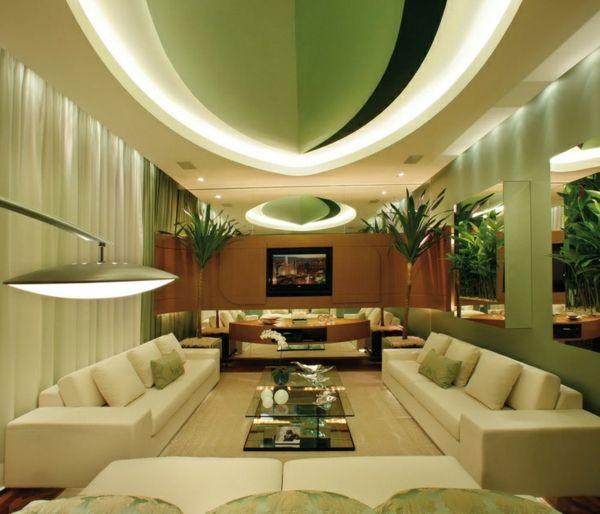 Luxus Wohnzimmer Gestalten In Grün Sofas Decke Dekoration Glastisch