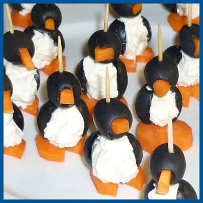 Pinguïns van zwarte olijven, ricotta en wortel.  Schil 4 wortels en snij ze in rondjes. Snij uit de plakjes wortel kleine driehoekjes. Dat driehoekje wordt het snaveltje, dat je gewoon in het gaatje van de bovenste olijf steekt. Snij een olijf in tweeën en vul hem met ricotta van Galbani. Zet de olijven nu op het worteltje met behulp van cocktailprikkers. Ideaal om het aperitiefmoment mee op te vrolijken!