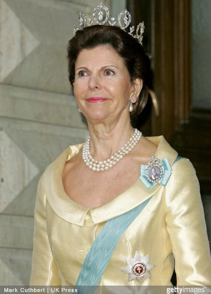 Queen Silvia wore this tiara for the last dinner during the Swedish State Visit to Denmark in May 2007.
