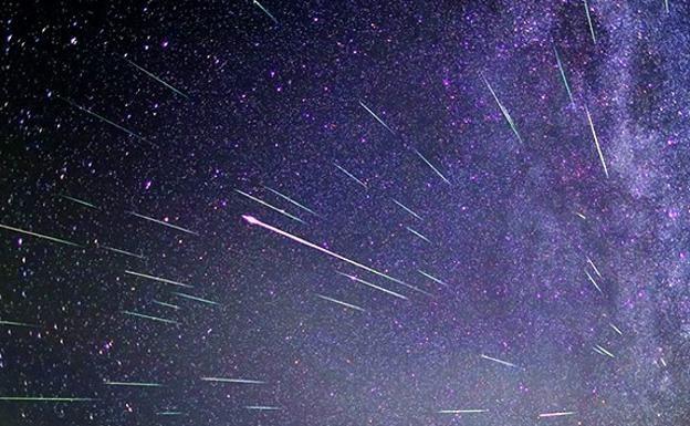 El Mejor Momento Para Ver La Próxima Lluvia De Estrellas De Las Oriónidas Será Esta Madrugada Durante La Noche Del Viernes Al Sábado 21 De Twitter Plant Leaves